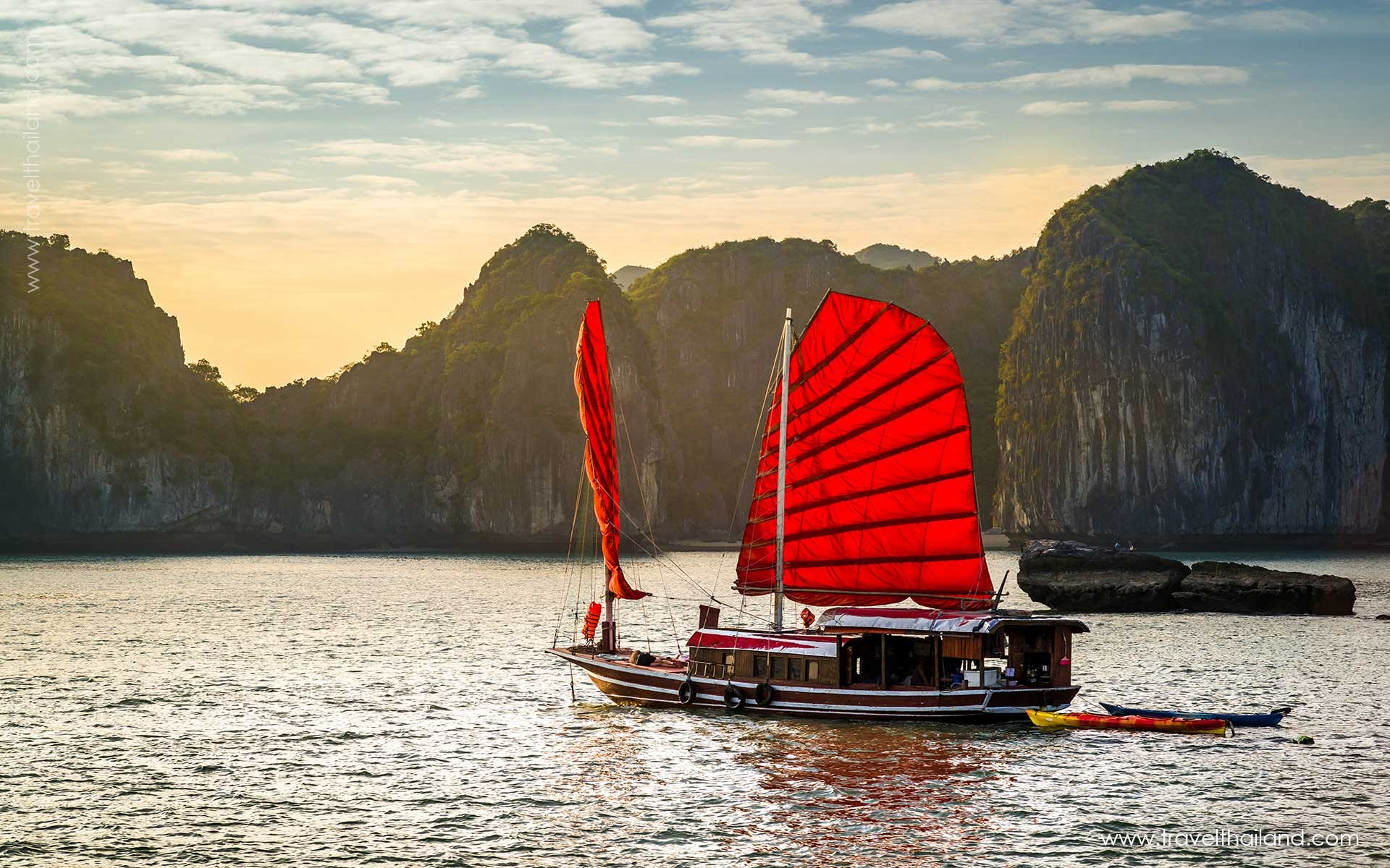 Creating Memories from Bangkok to Halong Bay - 6 Days